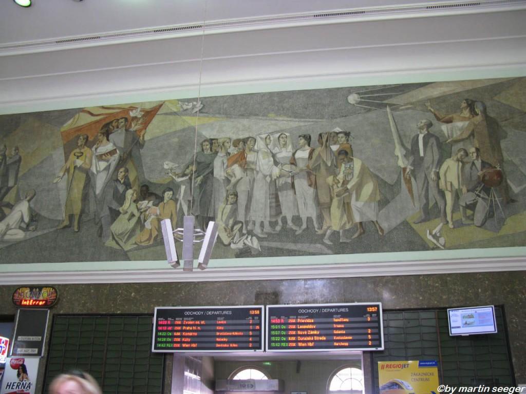 Innenraum des Hauptbahnhofs Bratislava