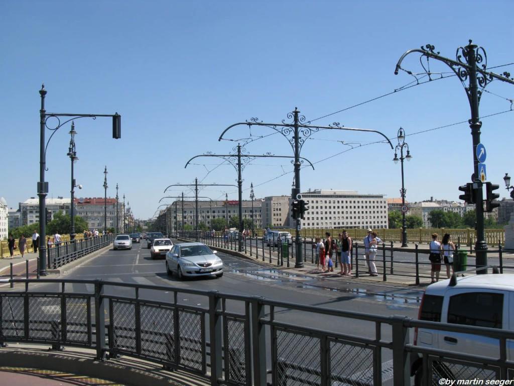 Der Knick der Margaretenbrücke.