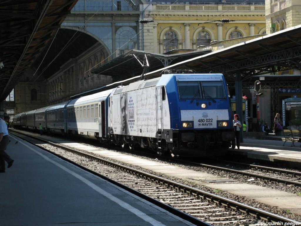 MÁV-Baureihe 480 eine Lok der TRAXX-Baureihe vom Bombardier.