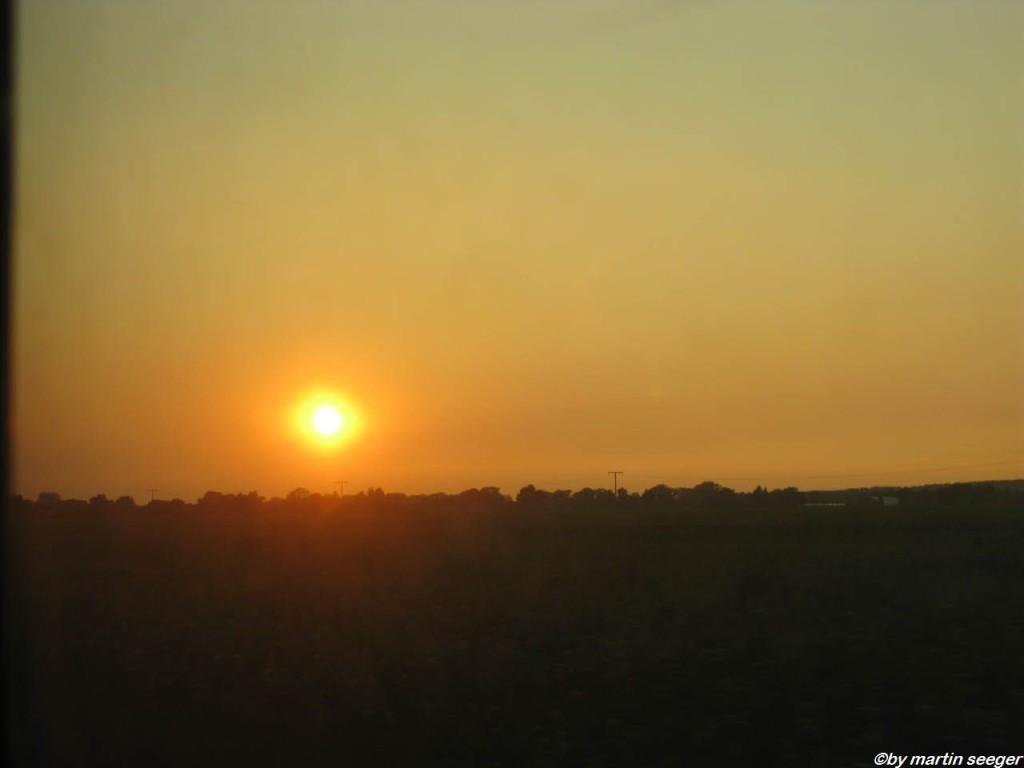 Sonnenuntergang irgenfwo zwischen Berlin und Hamburg