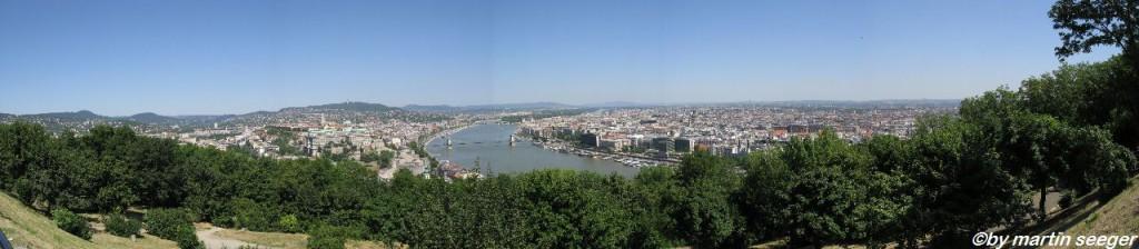 Aussicht vom Gellértberg über Budapest